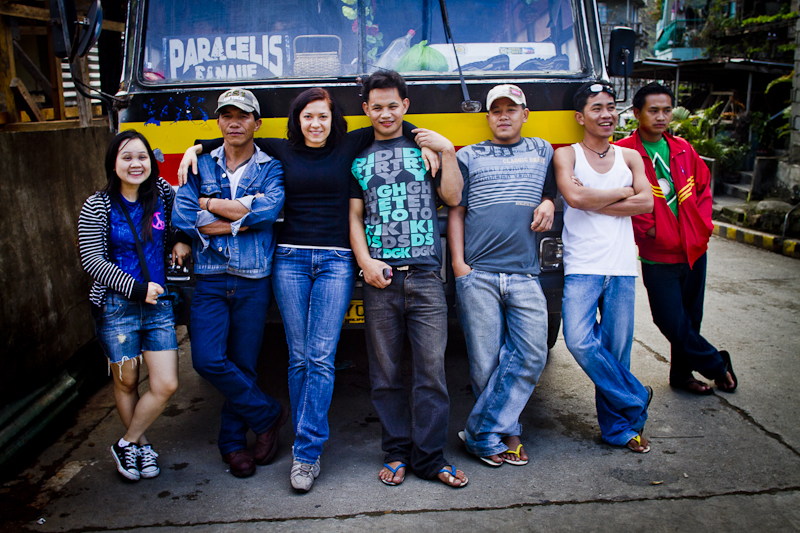 Locals and bus drivers in Bontoc.