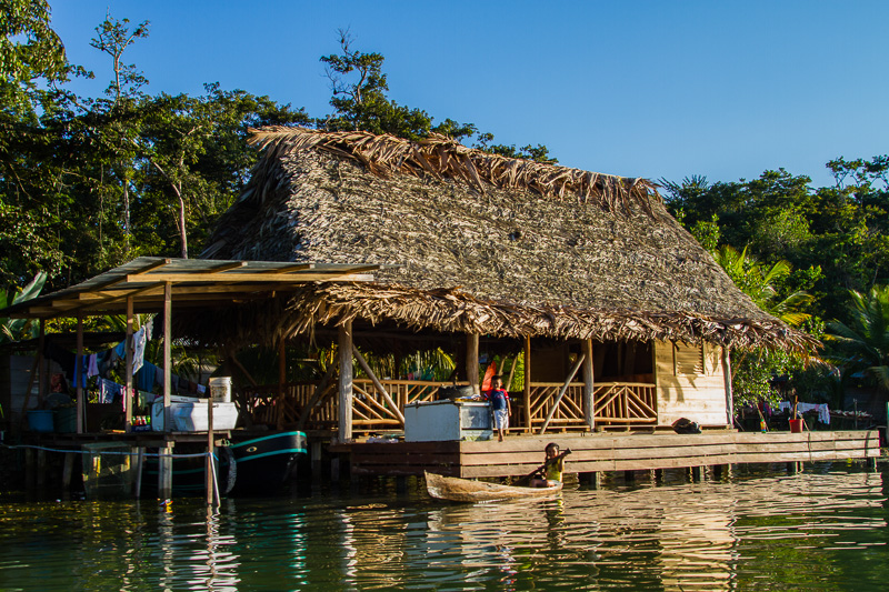 Life on the Rio Dulce.